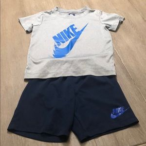 Nike Matching Sets - Boys Nike size 6 Outfit